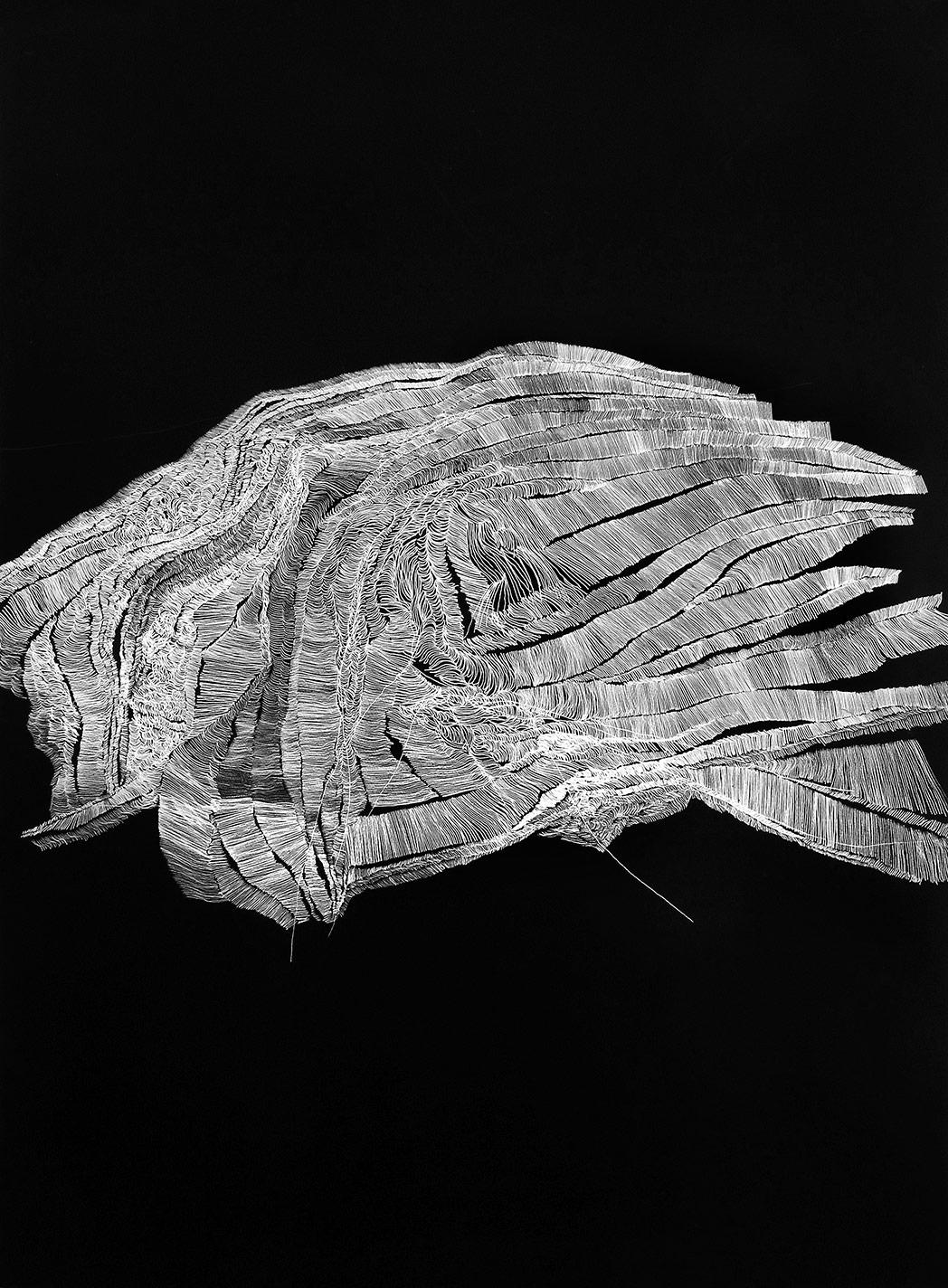 Tectónica del espacio, 2015. Temple Vinilico, rotulador de plata sobre papel. 140 x 100 cm