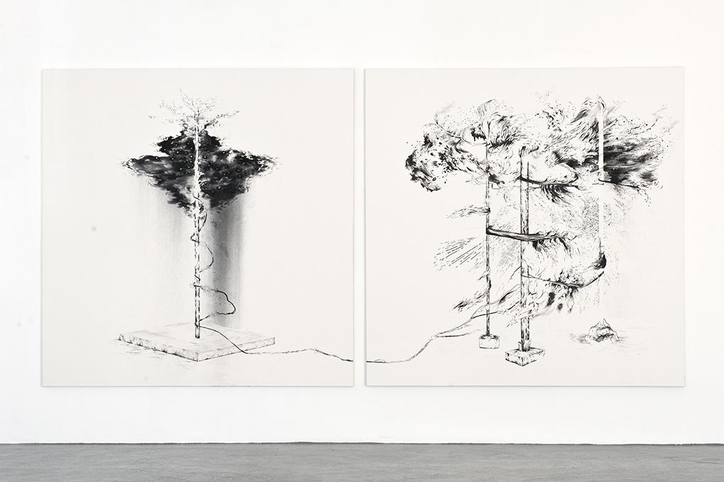 Abdelkader BENCHAMMA.Sans Titre, 2011.Tinta y rotulador sobre tela.Díptico 200x200cm